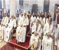 الأنبا بطرس يترأس صلاة القداس الإلهي احتفالا بالنذور الأولى لراهبات