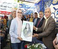 محافـظ المنوفية يكرم الفائزين بمهرجان «الفنون والإبداع لطلبة المدارس الثانوية»