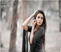 فيديو وصور| المطربة ريهام نسيم تطرح أولى أغنياتها «كنتي جميلة» على اليوتيوب