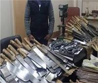 القبض على عاطل حول منزلة لورشة لتصنيع السلاح بمدينة نصر