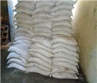 صور| ضبط 17 طن ملح وأرز فاسد في حملات تموينية بسوهاج