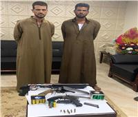 ضبط المتهمين بحيازة أسلحة نارية بدون ترخيص في منشأة القناطر