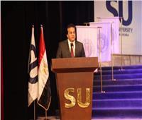 وزير التعليم العالي يشارك جامعة سيناء في تخريج دفعة من طلابها بالعريش