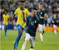 فيديو  «ميسي» يمنح تقدم الأرجنتين على البرازيل في الشوط الأول