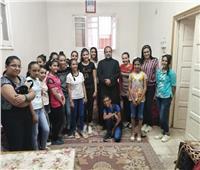 المدرسة الكاثوليكية بسوهاج تدرب أبنائها على الألحان الكنسية