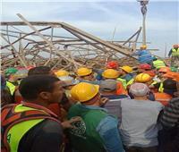 النيابة تنتقل لمعاينة موقع سقوط برج كهرباء.. ووفاة وإصابة 7 عمال