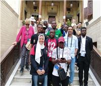 «إعلاميو أمم إفريقيا» في زيارة لمجمع الأديان