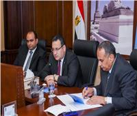 محافظ الإسكندرية يتابع مشروعات الصرف الصحي بالأحياء