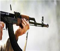 مصرع وإصابة 10 بينهم «سيدة» في معركة بالأسلحة الآلية بسوهاج