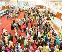 صور| «تحيا مصر» يوزع 35 ألف قطعة ملابس للطلاب الأولى بالرعاية بجامعة عين شمس