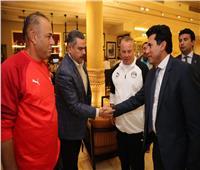 وزير الرياضة للاعبي «الأوليمبي»: المصريون في انتظار حلم التأهل للأولمبياد
