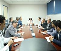 وزيرة الصحة تتفقد مستشفى شرم الشيخ الدولي وتجتمع بقيادات الوزارة