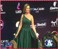 """صور  """"هنا شيحة"""" تتألق على السجادة الحمراء بمهرجان القاهرة السينمائي"""