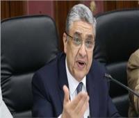 وزير الكهرباء: مد الإجازات للعاملين بالخارج مراعاة لمصالحهم