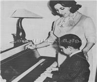 صور نادرة| في ذكرى ميلادها «زياد وفيروز ».. «دويتو» مثمر بالنجاح