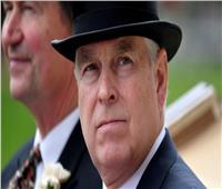 بسبب اتهامات جنسية.. الأمير أندرو نجل ملكة بريطانيا يتخلي عن مهامه