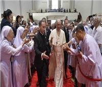 البابا فرنسيس يلتقي بالكهنة والرهبان بتايلاند