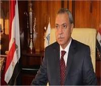 محافظ قنا: توقيع الكشف على 1650 مواطنا ضمن قافلة طبية بنجع حمادي