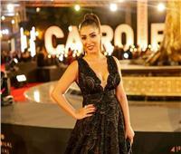 شاهد  روجينا تستعين بـ«توم كروز» في مهرجان القاهرة السينمائي