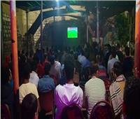 صور | آلاف الصعايدة يشجعون مصر في نهائي إفريقيا والمقاهي كاملة العدد