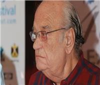 أشرف زكي عن وفاة الفنان حسن حسني: شائعات سخيفة.. وانتظروا رد قانوني
