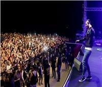 صور| حمادة هلال يتألق في أضخم حفلات بورسعيد.. ويحتفل بالمنتخب الأوليمبي