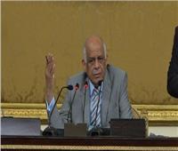 عبدالعال يصل القاهرة بعد مشاركته في برلمانات الدول الأوروبية الصغيرة