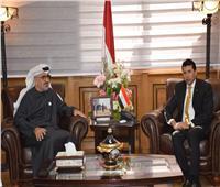 وزير الرياضة يلتقي أمين عام مجلس أبو ظبي الرياضي