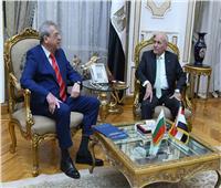«العصار» يبحث أوجه التعاون المشترك مع سفير جمهورية بلغاريا بالقاهرة