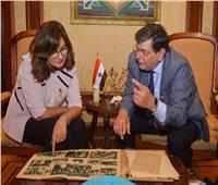 وزيرة الهجرة تستقبل حفيد أول طيار مدني وأحد رموز المصريين بالخارج