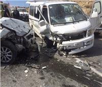إصابة 9 في تصادم مروع بين ميكروباص وملاكي بالطريق الصحراوي