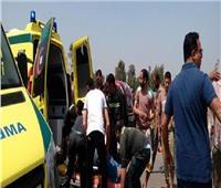 مصرع وإصابة ٤ عاملين في حادث انقلاب سيارة بوادي النطرون
