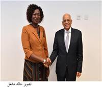 «عبد العال» يلتقى وزيرة الخارجية والتعاون الدولي في جنوب السودان