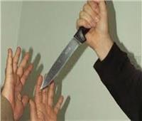 عاطل يقتل والده ويصيب أمه وشقيقه بآلة حادة في الإسماعيلية