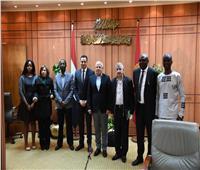 محافظ بورسعيد يلتقي بعثة الآلية الإفريقية لمراجعة النظراء