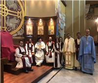 مطران الروم الكاثوليك يحتفل بسيامة 4 شمامسة جدد بكاتدرائية القيامة