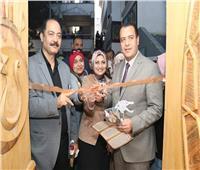 جامعة أسيوط تنظم معرضا فنيا بعنوان «ملامح فرعونية»