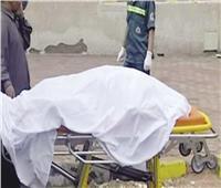 مصرع عامل سقط عليه جدار في قنا