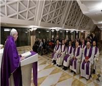 البابا فرنسيس يترأس قداس ببيت «القديسة مارتا» بالفاتيكان