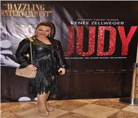 صور| أبرزهم سوزان نجم الدين.. فنانون يحتفلون بعرض «جودي»