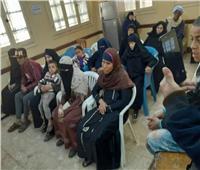 تسليم 17 وحدة سكنية للأسر الأولى بالرعاية في مركز ديرمواس