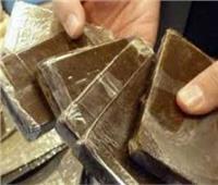 ضبط عاطلين تخصصا في الاتجار بالمواد المخدرة بحوزتهما كمية من الحشيش بالقاهرة