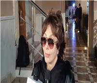 فيديو| نبيلة عبيد ناعية سمير سيف: فقدنا قيمة فنية كبير
