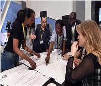 منتدى شباب العالم  مناقشات جادة حول التحديات ودور الحكومات وعرض النماذج الناجحة