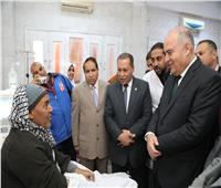 محافظ قنا يتفقد مستشفى فرشوط و«صحة الدهسة» ويشدد على تقديم خدمة لائقة للمرضى