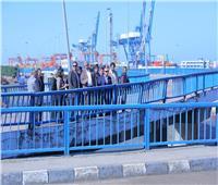 صور| وزير النقل: إنشاء وصلة حرة لربط ميناء الإسكندرية بالطريق الدولي الساحلي