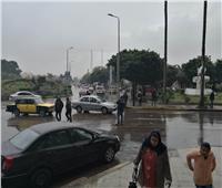بالصور| أمطار غزيرة على الإسكندرية قبل نوة «الفيضة الصغرى»