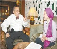 حوار  خبير الكبد العالمي د.هشام حسن: تعلمت 5 لغات في سن 15 عامًا.. و«حصة» واحدة.. غيرت حياتي