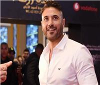 أحمد عز: سعيد بالتواجد على المسرح لأول مرة بموسم الرياض مع علاء الدين