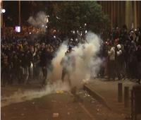 اشتباكات تهز بيروت لليلة ثانية وقوات الأمن تطلق الغاز المسيل للدموع
